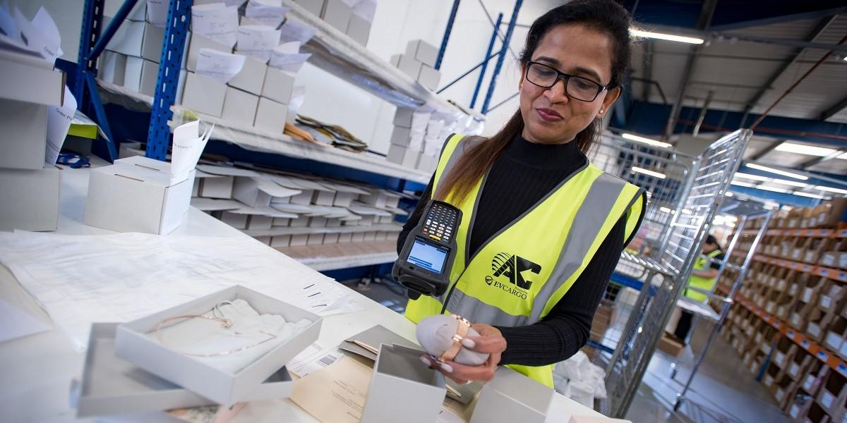 Allport Cargo services boosts stock visibility and sales with return portal image