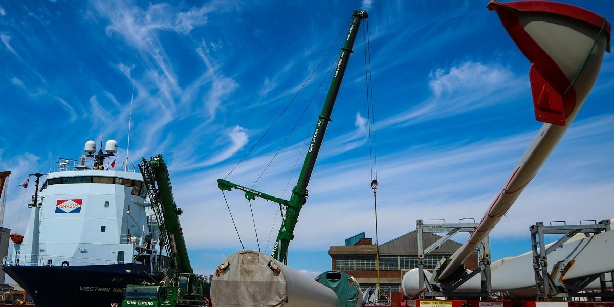 In safe hands: the 2.3MW turbine destined to power 1,100 Cornish homes image