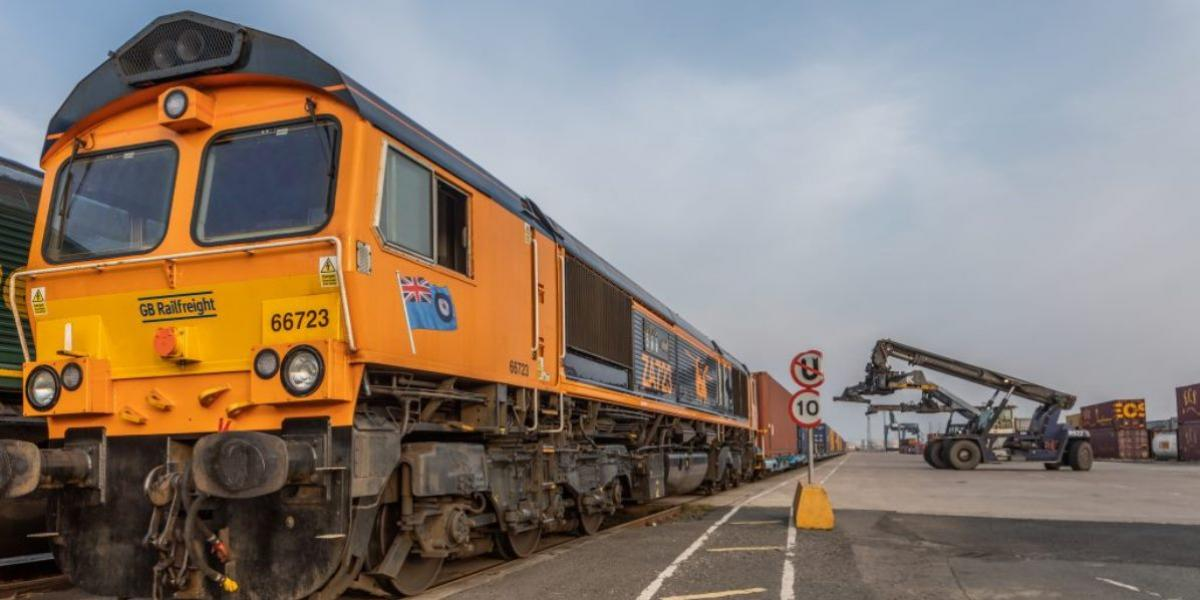 Rail service for Containerships launched image