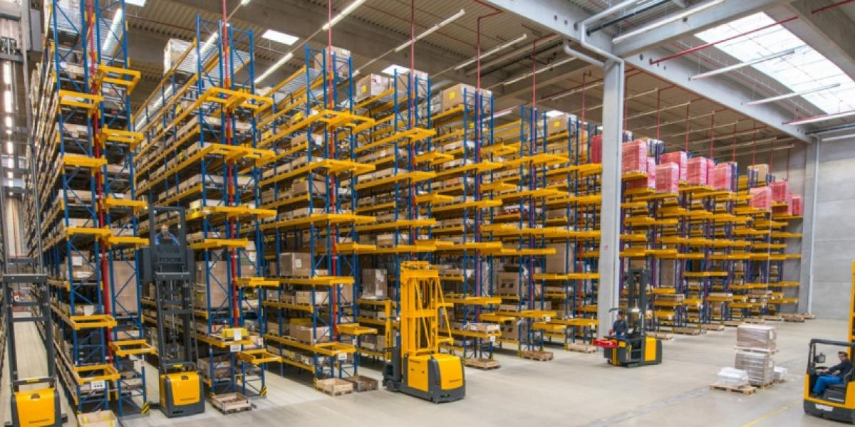 Automation is the foundation for intelligent intralogistics image