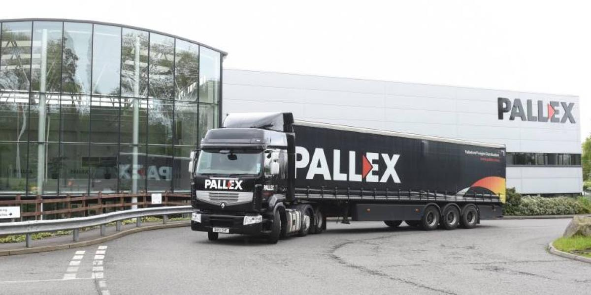 Pall-Ex helps deliver Christmas image