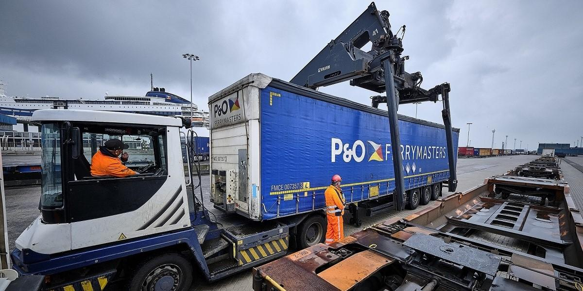 P&O Ferries to double train capacity at its Europoort hub image